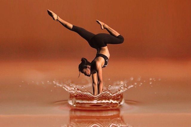 yoga blogs make money